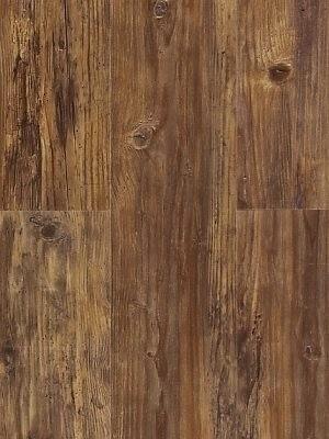 Wicanders Wood Resist Vinyl Parkett Century Fawn Pine auf HDF-Klicksystem