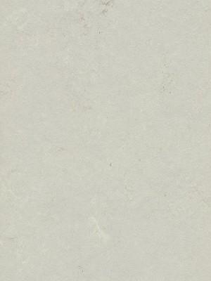 Forbo Modular Shade nat. Designboden zertifiziert mit Blauer Engel Umweltsiegel mercury Fliese 750 x 500 mm, 2,5 mm Stärke, 3,0 m² pro Paket, Bodenbelag zur Verklebung oder ohne Klebstoff mit Unterlage Silent-Premium, einfach selbst verlegen, günstig online kaufen von Naturboden-Hersteller Forbo HstNr: fmt3716