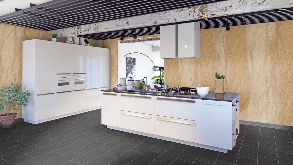 Sandstein-Wände kombiniert mit dunklen Designbelag-Fliesen in der Designer-Küche