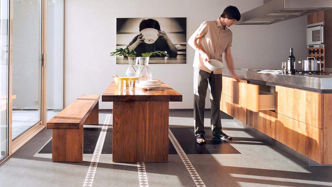 Forbo Marmoleum Linoleum ist ein hervorragendes Naturprodukt und höchst strapazierfähig besten für die Küche geeignet