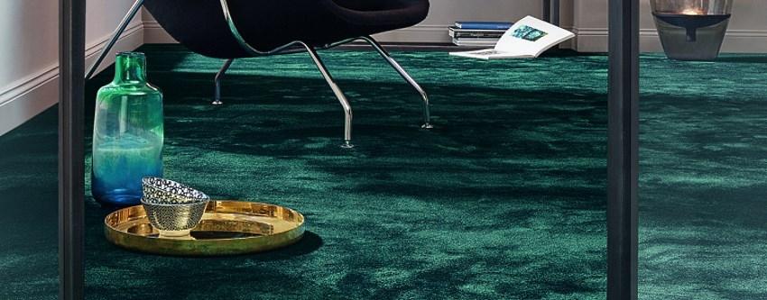 Ein schöner Teppich im Wohnzimmer von edelFORM® oder von Vorwerk® ist sehr gemütlich und hat viele Vorteile